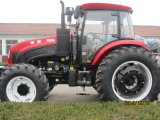 Turn Over PloughまたはFront Loader/Trailer/HarvesterのHuaxia Factory 150HP Wheeled Tractor