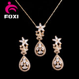 De buitensporige Juwelen van de Vrouwen van het Ontwerp 18k Gouden Geplateerde die voor Huwelijk worden geplaatst