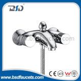 Faucet de banheira frio quente fixado na parede do banho maria do cromo de bronze