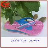 Gute Qualitätsdame-Flipflop-Form-Sandelholz-Schuhe für im Freien