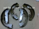 Ganasce del freno O.E. no. 04495-0k120 del Semi-Metallo misura per Toyota