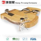 Placa de bambu do queijo com faca e gaveta