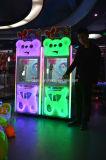 호주에서 베스트셀러 판매를 위한 동전에 의하여 운영한 현상 장난감 기중기 클로 기계를 농담을 한다