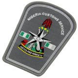 Logotipo de encargo insignias cuadradas del bordado del diseño para la ropa