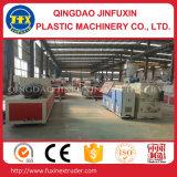 La croûte de PVC a émulsionné chaîne de production de panneau