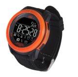 2017 Último reloj de pulsera Uu reloj de 50m resistente al agua con el Ce RoHS / Phone