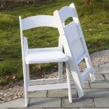 Chaise pliante en résine blanche avec Vinyl Pad
