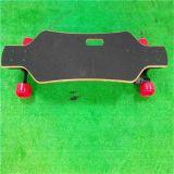 AdultのためのRomote Controlの卸し売りPowerful Four Wheel Electric Skateboard