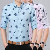 رجال ملابس زرّ إلى أسفل عمل قميص مع زنبقة أسلوب
