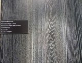 自然な油をさされたカシによって設計される木製のフロアーリング