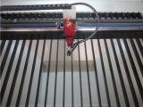 Corte de acrílico del grabado del laser que talla la máquina
