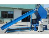 Trituradora plástica &Used máquina plástica de la trituradora con el transportador