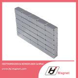 Super starker kundenspezifischer Block permanenter NdFeB der Notwendigkeits-N35/Neodym-Magnet für Motoren