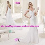 Сексуальный V-Neckline способа отбортовывая Bridal платье с втулкой крышки