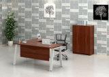 Tabela do escritório com gabinete traseiro