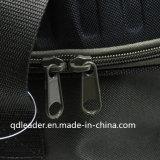 Sacchetto dell'attrezzatura di pesca con il sacchetto più freddo