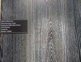 カシの寄木細工の床によって設計される木製のフロアーリング15mm