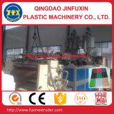 Estera plástica que hace la máquina