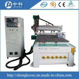 Ranurador del CNC de los muebles del MDF con los cortadores cambiantes automáticamente