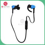 A chegada 2016 nova na orelha Sweatproof de pouco peso ostenta o auscultadores de Bluetooth do ímã