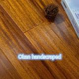 단단한 나무 마루 Okan Handscraped 나무 바닥 Iroko 나무 지면