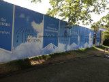 Изготовленный на заказ стикер стеклянной стены рекламируя знамени винила гибкого трубопровода плаката PVC средств печатание графический дисплейй материального