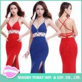 女性の女性のための高貴で長いイブニング・ドレスの夏の服