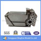 注入型のための自動予備品を機械で造る中国の製造者CNC