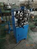 Mola mecânica que bobina fazendo a máquina