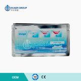 Le blanchiment cosmétique de dents de maison d'utilisation élimine des dents blanchissant des bandes
