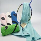 さまざまなパターンが付いているスポーツタオルの綿タオル