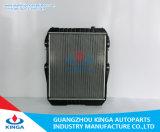 De Radiator van de legering voor het Automobiel KoelSysteem van Toyota Hilux Kzn165r
