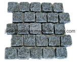 Il granito bianco poco costoso cinese ha fiammeggiato la pietra per lastricati del granito G603 per il giardino o la plaza