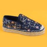 2017 Blumen-Espadrille-Plattform-Schuhe der neuen Frauen blaue
