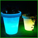 Plástico Iluminado Flower Pot Decoração para casa Plantador LED