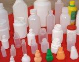 Injeção do frasco do comprimido da medicina que funde fazendo a máquina