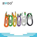 Câble de caractéristiques coloré des prix bon marché les plus neufs USB pour le smartphone