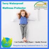 2016高品質のテリーのマットレスの保護装置の防水および低刺激性のマットレスの保護装置