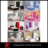 ヨーロッパの黒く光沢度の高いワードローブの寝室の家具セット