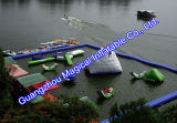 水公園、膨脹可能な水公園は、水をまく膨脹可能なゲーム(RO-012)に