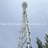 La fabbrica ha personalizzato la torretta di antenna tubolare di telecomunicazione della grata d'acciaio dei 3 piedini