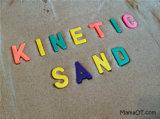 Цветы крытого волшебного песка игры случайно