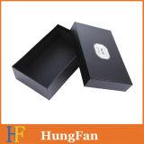 Черная роскошная коробка упаковки подарка конструкции с горячим штемпелюя логосом