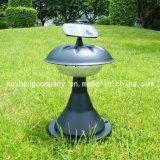 太陽電池パネルの芝生ランプによって動力を与えられる