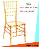 Cadeira transparente desobstruída de Chiavari da resina
