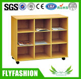 Wheels를 가진 이동할 수 있는 Wood Safe Kids Storage Cabinet