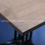 Tabela quadrada da mobília do restaurante com parte superior de tabela de madeira e pé retro da tabela do estilo (SP-RT564)