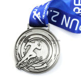 Commercio all'ingrosso di filatura della medaglia di sport del ricordo in lega di zinco d'argento su ordinazione