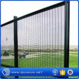 Polvo del certificado del SGS cubierto y alto cercado y puertas de la seguridad de Galvanzied para la venta