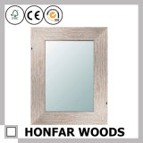 Декоративное серое законченный зеркало стены в деревянной рамке для ванной комнаты